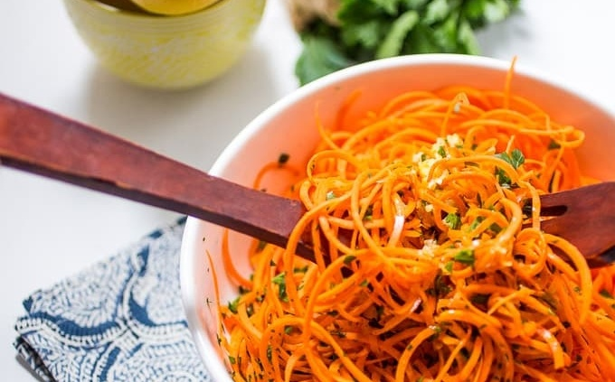 Carrot salad spiralizer